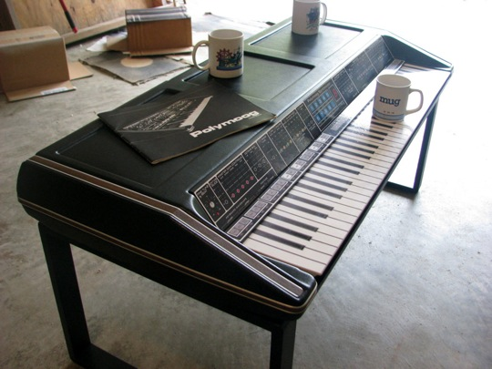Polymoog_Coffee_Table_4.jpg